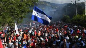 171203194423-02-tegulcigalpa-honduras-demonstration-exlarge-169